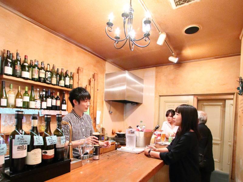 1200種のワインが楽しめる立ち飲み【西区横川】‐Mon Coeur(モンキュール)‐